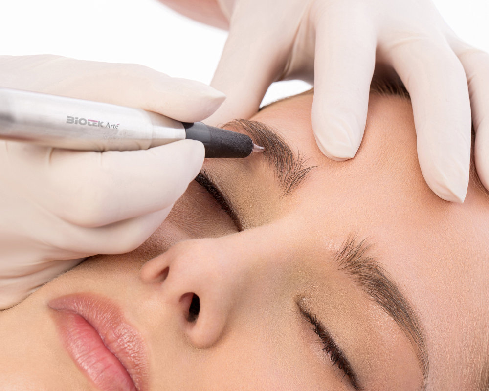 Permanent makeup treatments in Kew, London